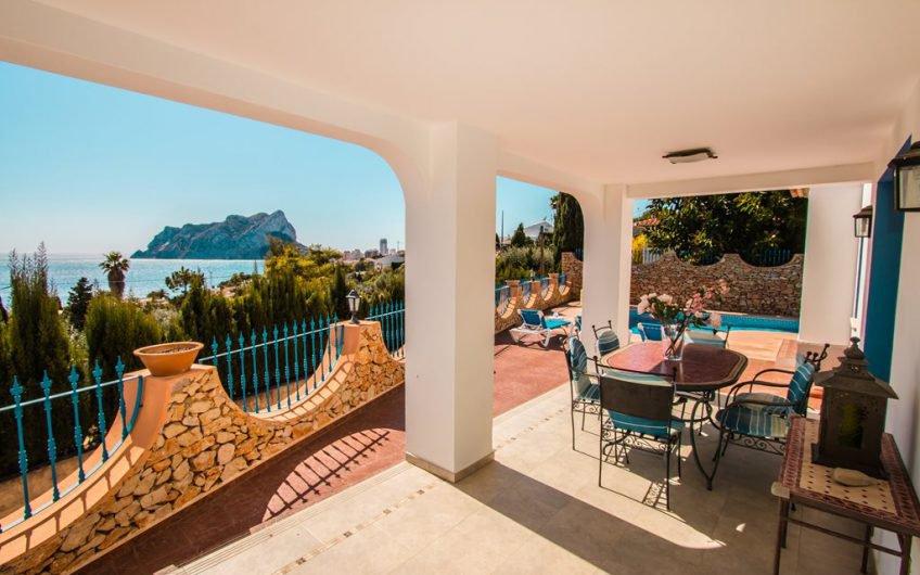 Villa met prachtig zeezicht te koop in Calpe Costa Blanca noord