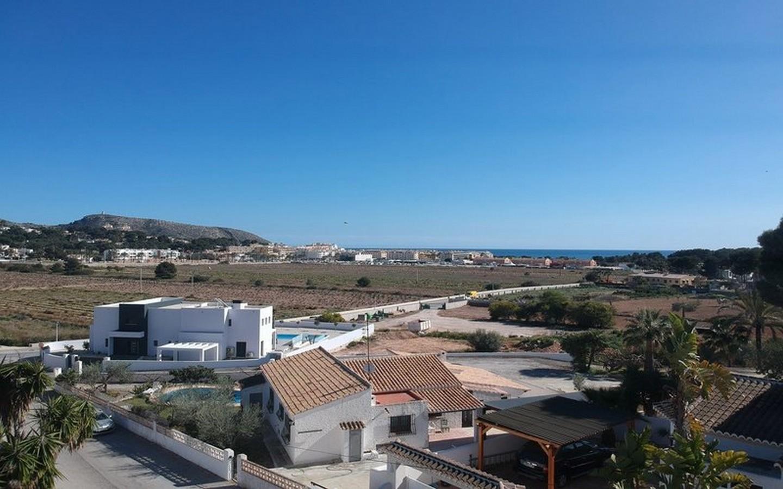 Villa te op minder dan 1 kilometer van Moraira dorp en strand | Gunstig geprijsd | Mooie investeringsmogelijkheid !