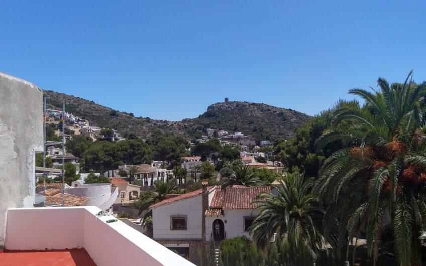 Villa Ibiza stijl el Portet Moraira te koop