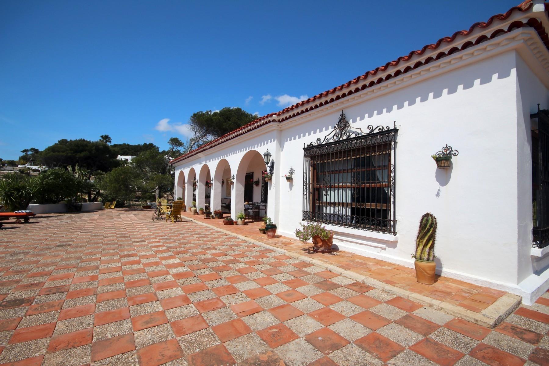 villa direct aan zee moraira